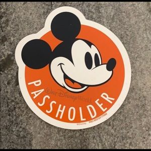 Mickey Mouse Passholder Magnet